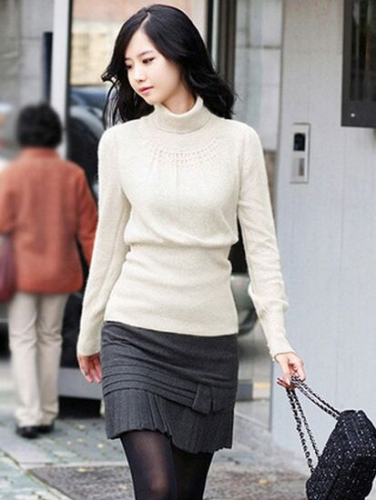 19252304#Sweater-White U04C